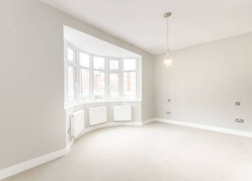 Thumbnail 3 bed flat to rent in Robson Avenue, Willesden