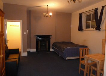 Thumbnail Studio to rent in Grand Parade, Manor House