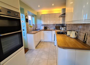 Thumbnail 3 bed detached house for sale in Barbrook Way, Bicknacre, Chelmsford