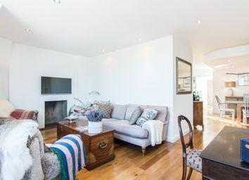 Thumbnail 2 bed flat for sale in Elsynge Road Mansions, Elsynge Road, London