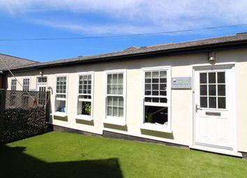 Highfield Road, Bushey WD23. 3 bed bungalow