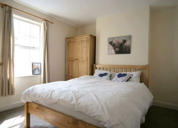 Thumbnail Room to rent in Little Bayshill Terrace, Cheltenham