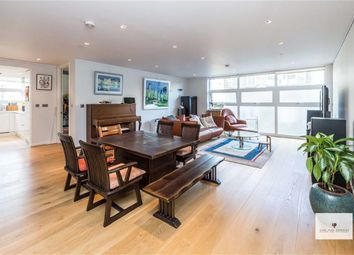 Thumbnail 3 bed flat for sale in Meritas Court, London, London