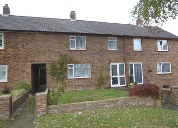 Thumbnail 3 bed property to rent in Hawthorne Avenue, Rainham, Gillingham