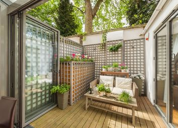 Thumbnail 1 bed flat for sale in Moreton House, 3-4 Embankment Gardens, Chelsea