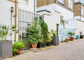 2 bed mews house for sale in Cornwall Mews South, London SW7