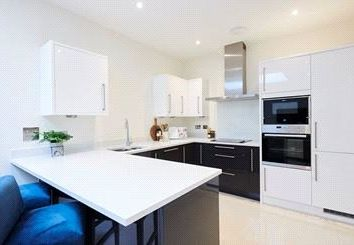 Thumbnail 1 bed property to rent in Palace Wharf, Rainville Road, London