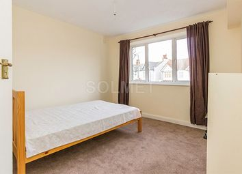 Thumbnail 2 bed flat to rent in East End Road, East Finchley, London