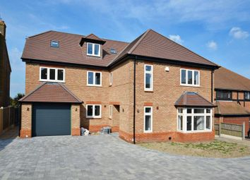 Thumbnail 5 bedroom detached house for sale in Stanley Avenue, Minster On Sea, Sheerness