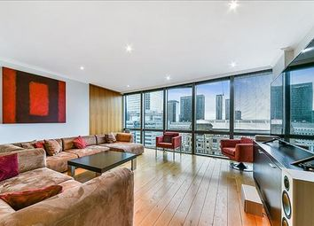 2 bed flat to rent in No. West India Quay, Nr Canary Wharf, London E14