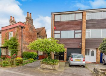 Thumbnail 3 bed town house for sale in St. Thomas's Road, Gosport