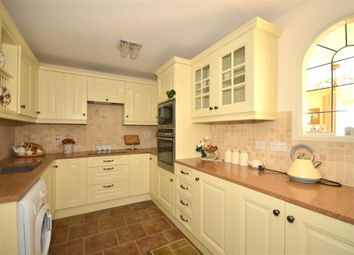 Thumbnail 3 bedroom flat for sale in Medina View, East Cowes, Isle Of Wight