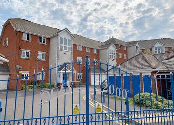 Thumbnail 2 bedroom flat for sale in Horseshoe Bridge, Southampton