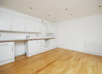 Thumbnail 2 bed terraced house to rent in Chiswick High Road, Gunnersbury