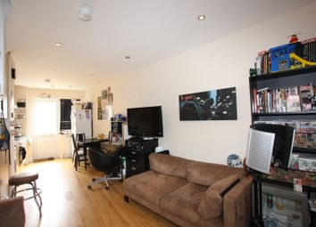 Thumbnail 2 bed property to rent in Woodville Gardens, London