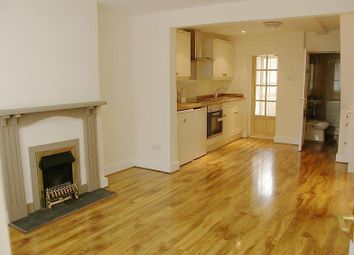 Thumbnail 2 bed terraced house to rent in Town Place, Reading
