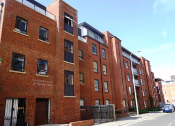 Thumbnail 1 bed flat to rent in Friary Court, Tudor Road, Reading