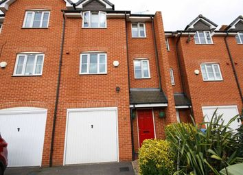Thumbnail 3 bedroom town house for sale in Waterfields, Retford, Nottinhamshire