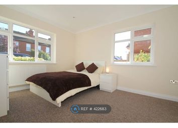 Windsor Road, Farnborough GU14. Room to rent          Just added