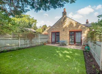 Lincoln Mews, Dulwich, London SE21. 2 bed bungalow