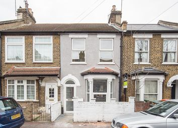 Thumbnail 3 bedroom property to rent in Worcester Road, London