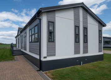 Thumbnail 2 bed mobile/park home for sale in Sycamore Road, Lower Quinton, Stratford-Upon-Avon