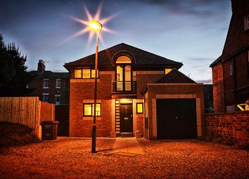 Thumbnail 3 bed detached house for sale in Bulmershe Road, Reading, Berkshire