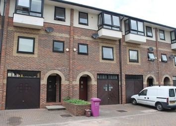 Thumbnail 4 bed flat to rent in Barnfield Place, Isle Of Dogs, London