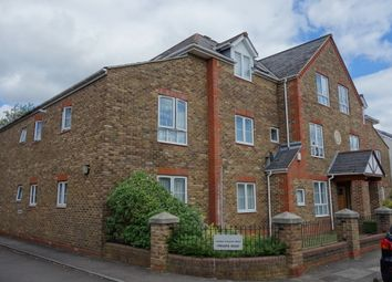 Thumbnail 1 bed flat to rent in Pyne Road, Surbiton