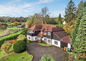 Thumbnail 5 bed detached house to rent in Waterhouse Lane, Kingswood, Tadworth