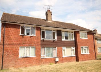 2 bed flat to rent in Raymond Avenue, Canterbury CT1