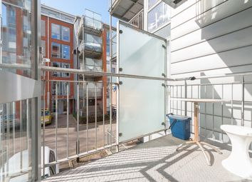 Thumbnail 2 bed flat to rent in Southwold Road, London Hackney