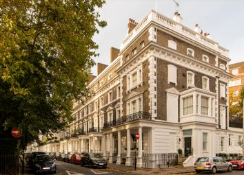 Thumbnail 4 bed flat for sale in Onslow Square, London