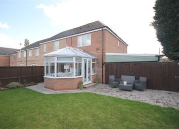 Thumbnail 3 bed town house for sale in Chestnut Drive, Hollingwood, Chesterfield