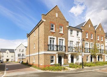 Thumbnail 5 bed town house to rent in Holford Way, London