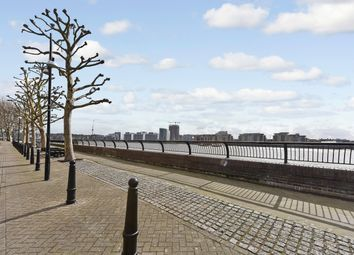 Thumbnail 2 bedroom flat to rent in Plate House, Burrells Wharf Square, Docklands, London
