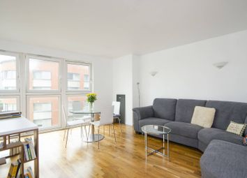 Thumbnail 1 bed flat to rent in New Providence Wharf, Isle Of Dogs, London