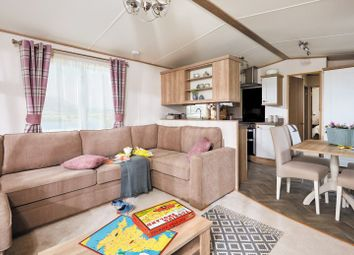 2 bed mobile/park home for sale in St Asaph LL17