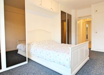 1 bed property to rent in Portsea Place, London W2