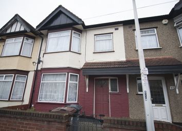 Thumbnail 5 bed terraced house to rent in Farrance Road, Romford, London