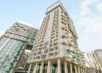Thumbnail Property for sale in Greenwich Tower, Lincoln Plaza, Canary Wharf, London, Greater London.