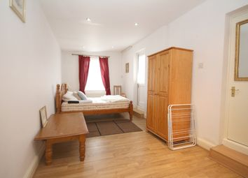 Thumbnail 1 bed flat to rent in Maricas Avenue, Harrow
