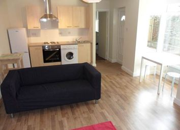 Thumbnail 1 bed flat to rent in Marlborough Road, Penylan, Cardiff