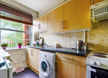 3 bed maisonette to rent in Vauban Estate, Bermondsey, London SE16