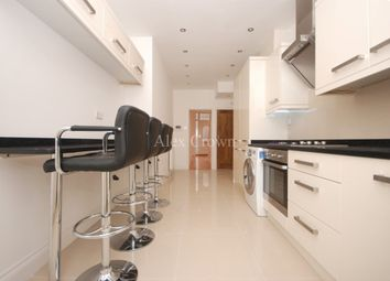 Thumbnail 6 bed terraced house to rent in Roding Road, London