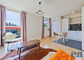 Thumbnail 1 bed flat for sale in China Court, Quay 430, Asher Way, Wapping