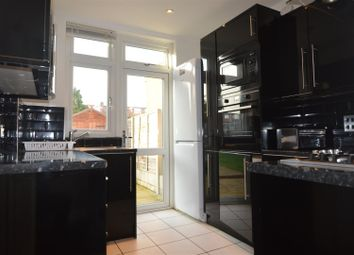 Thumbnail 4 bed property to rent in Warburton Terrace, London