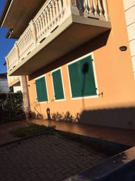 Thumbnail Apartment for sale in 55051 Barga, Province Of Lucca, Italy