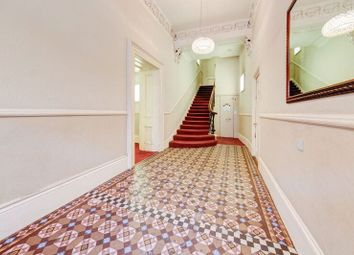 Thumbnail Flat for sale in Cromwell Road, London