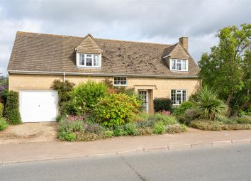 Thumbnail 3 bed detached house for sale in Pear Tree Close, Chipping Campden, Gloucestershire